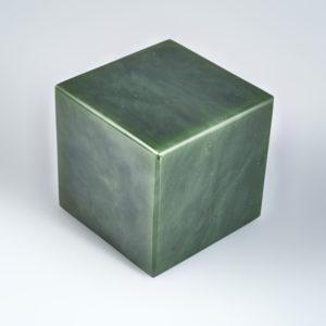 Куб нефрит зеленый  4,5-5 см (1 шт)