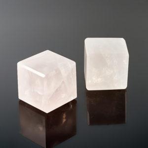 Куб розовый кварц  3 см (1 шт)