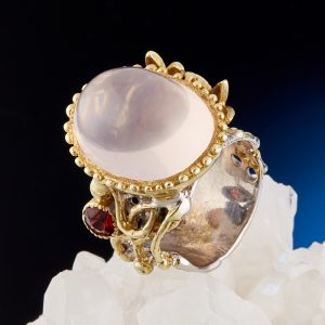 Кольцо розовый кварц  (серебро 925 пр., позолота) размер 17,5