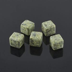 Куб для виски змеевик  2 см (1 шт)