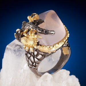 Кольцо розовый кварц  (серебро 925 пр., позолота) размер 18