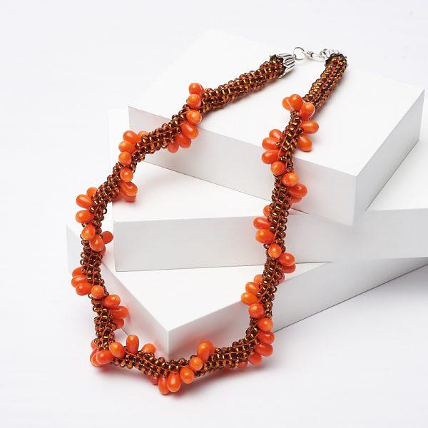 Бусы коралл оранжевый  (колье) 44 см (биж. сплав)