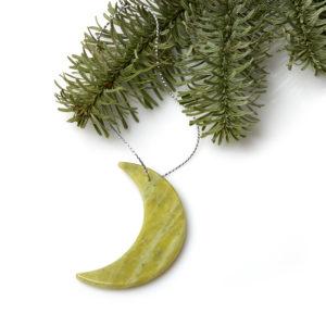 Елочная игрушка офиокальцит  полумесяц 5 см