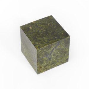 Куб змеевик  6 см