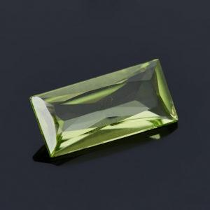 Огранка хризолит  багет 4*8 мм