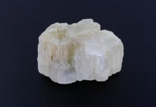 Бериллонит
